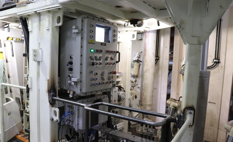 Пульт управления оператора стволопроходческого комбайна типа СПКВ-7.0 (9)